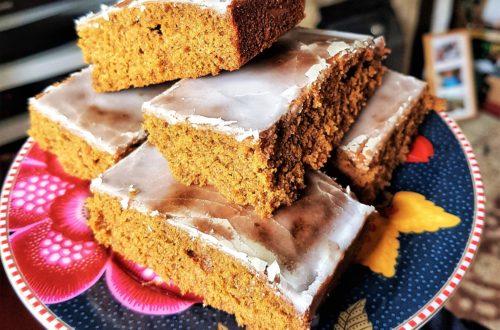 light and fluffy spiced ginger cake