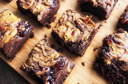 The ultimate raspberry nut butter brownies - vegan recipe
